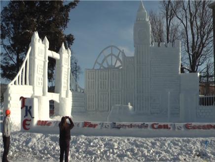 snow statue judging 2