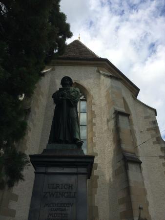 ulrich-zwingli-monument