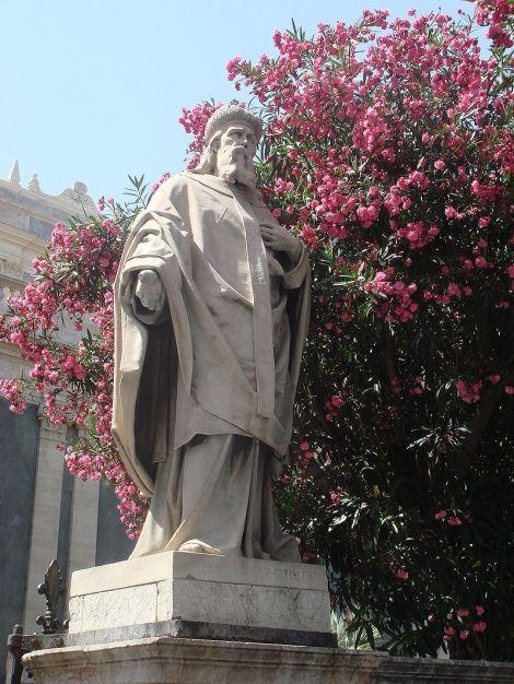 Athanasius-statue